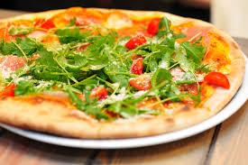 мини пицца с руколой