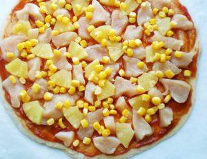 пицца с ананасами7