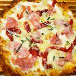 пицца с вареной колбаской 4