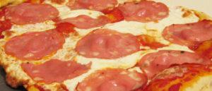 пицца с вареной колбаской 10