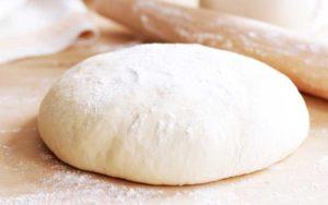 Быстрое тесто на молоке и сухих дрожжах