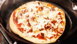Моментальное тесто для пиццы на сковороде за 10 минут
