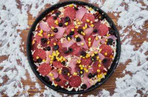 пицца с вареной колбаской 1
