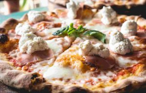 пицца с грушей9-min