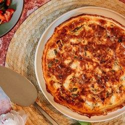 Пицца в форме круга