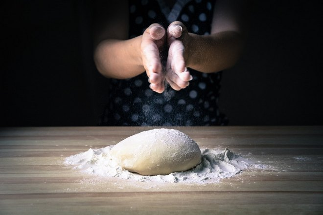 Тесто на муке