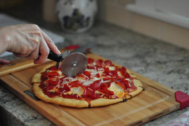 Разделка пиццы