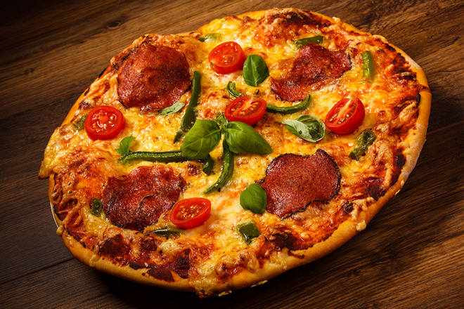 Золотистая пицца