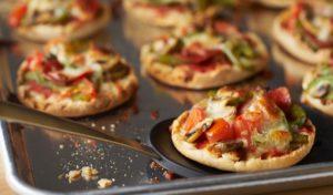 Разнообразные мини пиццы